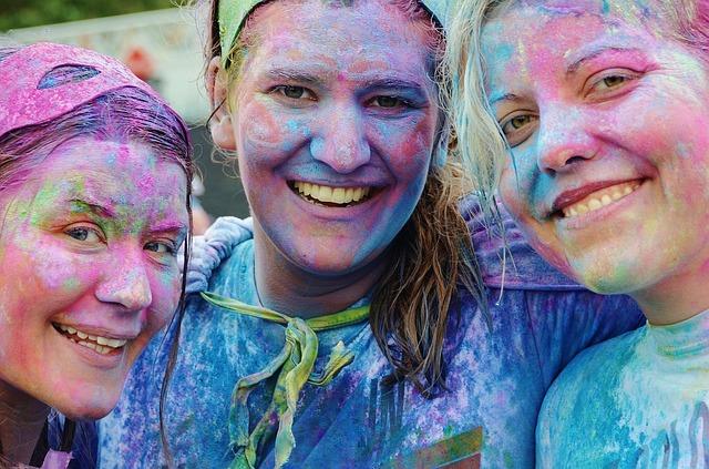 dívky od barev.jpg