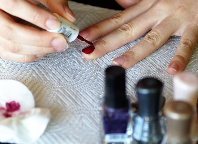 Umíte pečovat o vaše nehty?